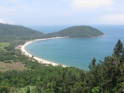 Quem disse que o Vietnã não tem praias lindas?